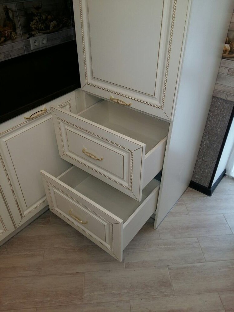 Белый кухонный гарнитур-Кухня МДФ в ПВХ «Модель 146»-фото3