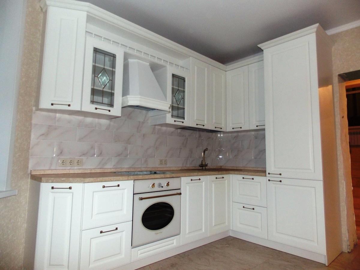 Белый кухонный гарнитур-Кухня МДФ в эмали «Модель 31»-фото2