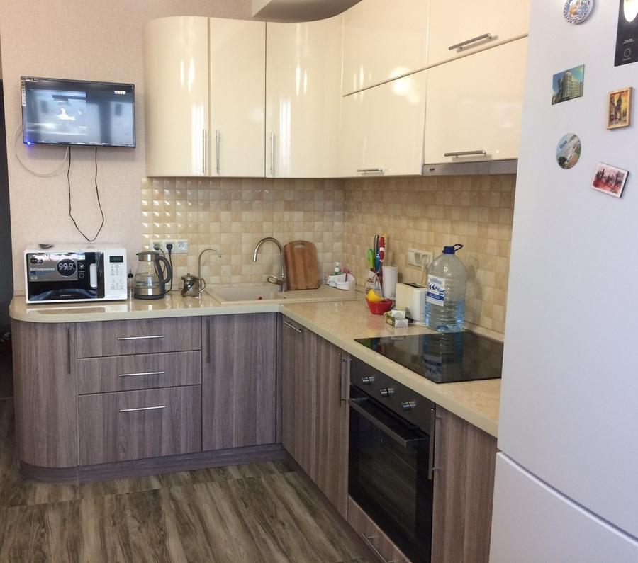 Белый кухонный гарнитур-Кухня МДФ в ПВХ «Модель 170»-фото1