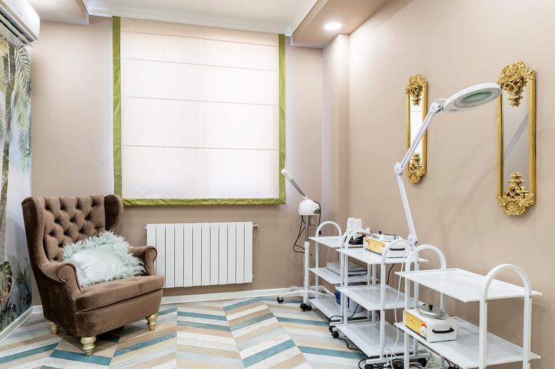 Торговая мебель-Мебель для салона «Модель 143»-фото2