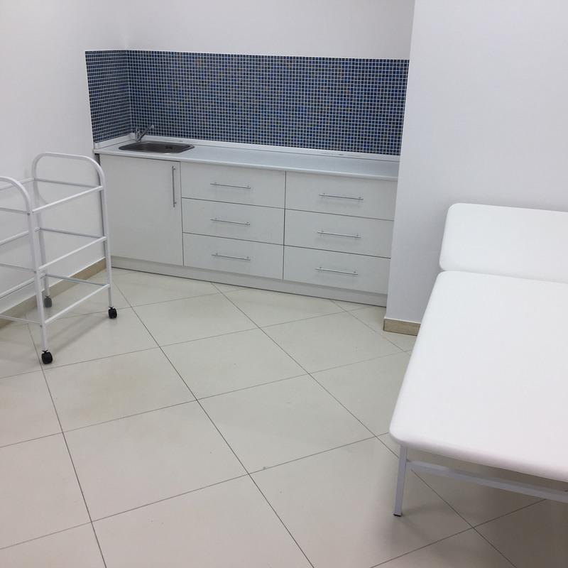 Торговая мебель-Мебель для салона «Модель 151»-фото1