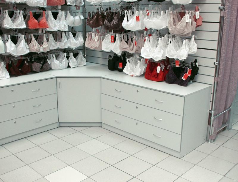 Магазин одежды-Мебель для магазина «Модель 33»-фото2