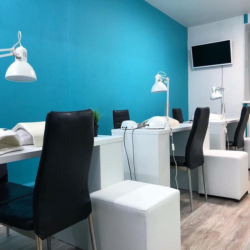 Маникюрный салон-Мебель для салона «Модель 122»-фото1