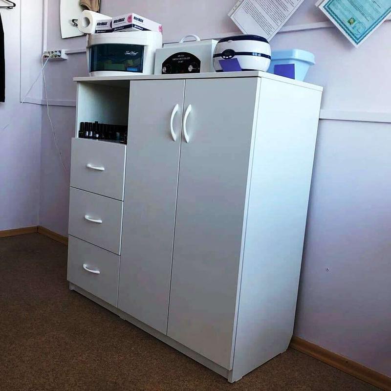 Торговая мебель-Мебель для салона «Модель 117»-фото4