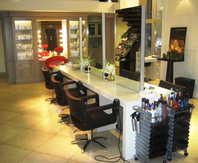 Торговая мебель-Мебель для салона «Модель 100»-фото1