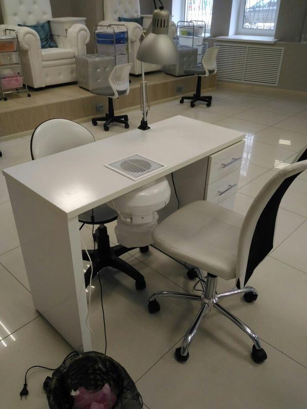 Торговая мебель-Мебель для салона «Модель 86»-фото1