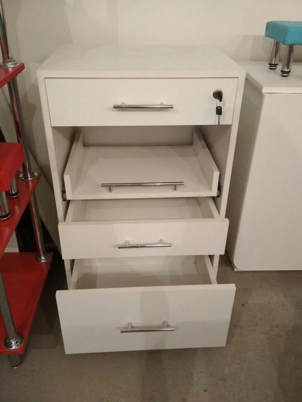 Торговая мебель-Мебель для салона «Модель 85»-фото1