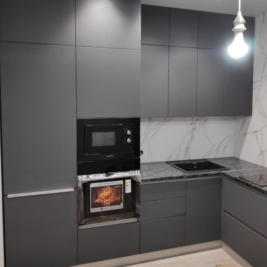 Высокие кухни под потолок-Кухня МДФ в ПВХ «Модель 673»-фото3