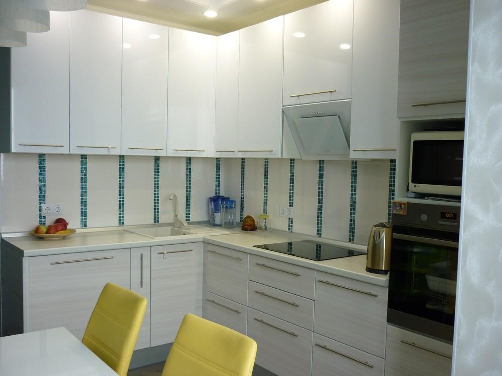 Белый кухонный гарнитур-Кухня МДФ в ПВХ «Модель 180»-фото2