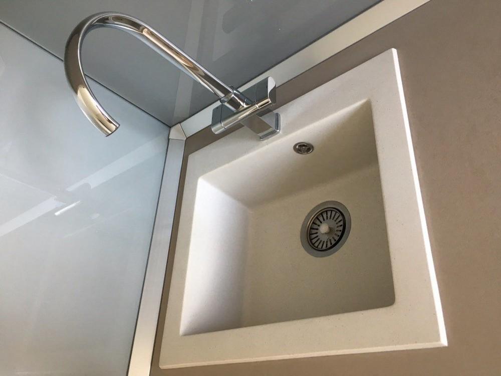 Белый кухонный гарнитур-Кухня МДФ в ПВХ «Модель 168»-фото6
