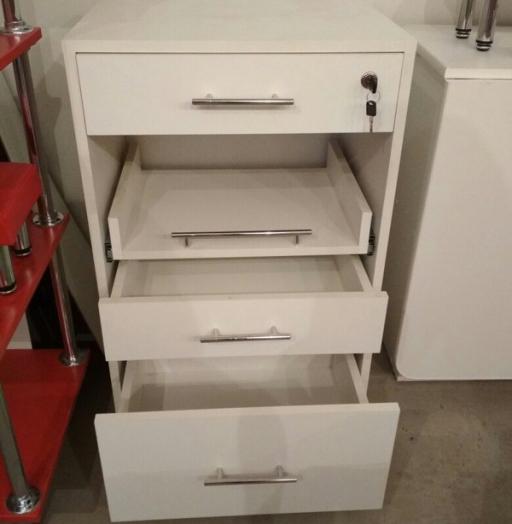 Торговая мебель-Мебель для салона «Модель 85»-фото5