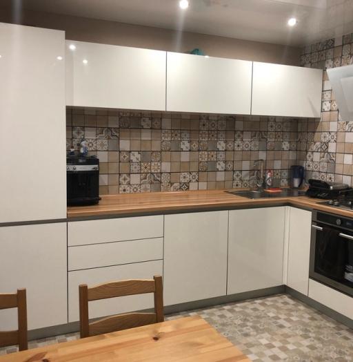 Белый кухонный гарнитур-Кухня из пластика «Модель 437»-фото3